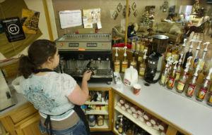 Coffee_house_Larmar_CO_barista_FORWEB