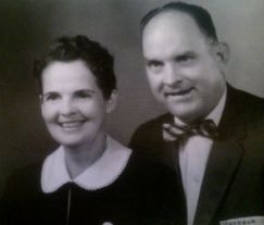 Vera_and_Elmer_Kardatzke_circa_1950_FORWEB