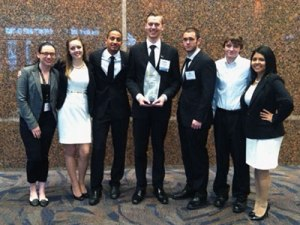 2014-Enactus-with-award