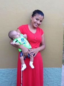 anahi_and_baby_HighPointCHOG_2014_FORWEB
