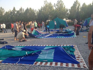 Turkish_Protestant_Church_leaders_erecting_tents_FORWEB