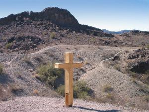 Cross_desert_FORWEB