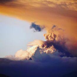 Ecuador_volcano_sky_FORWEB