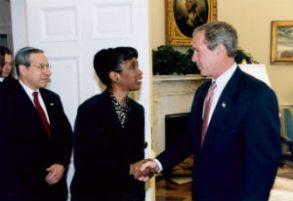 Bush_and_CherylSanders2002_crop_FORWEB