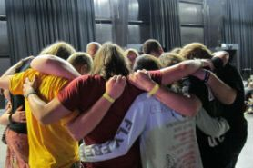 IYC2014_prayer_huddle_FORWEB