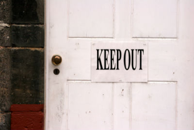 keep_out_door_closed_FORWEB