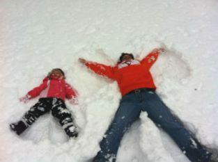 RozHency_granddaughter_snow_FORWEB