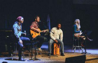 Vancouver_Church_contemporaryworship_FORWEB
