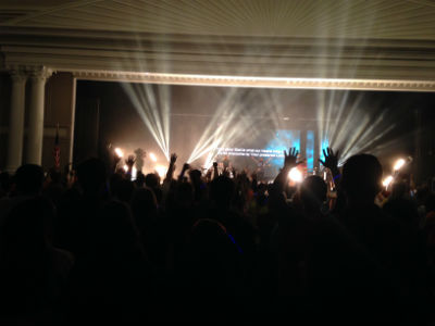 IYC2014_worship_handslifted_FORWEB2