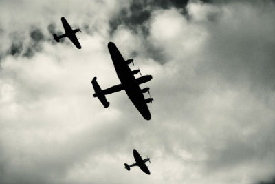 world_war_two_planes_stock_FORWEB