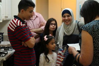 syrian_refugee_family_new_kitchen_fairfax_forweb