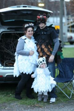 momentum_crownpt_in_trunkortreat_dressedup_forweb