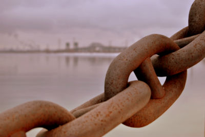 chains_water_stock_forweb