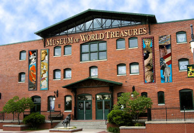 worldtreasures_museum_wichitaks_forweb