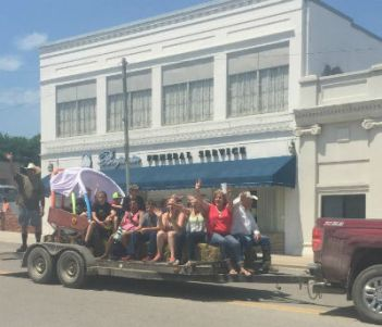 firstchog_nowata_ok_paradefloat_forweb