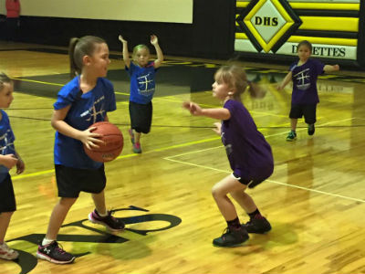 little_hoops_girls_basketball_doniphanmo_forweb